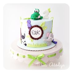 Jungle - safari themed birthday cake