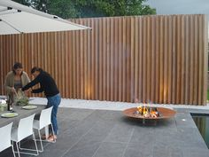 """Special Projects"" Outdoor Wood Concepts (geen standaard p… Backyard Fences, Backyard Landscaping, Garden Privacy Screen, Wood Architecture, Modern Garden Design, Outdoor Furniture Sets, Outdoor Decor, Fence Design, Outdoor Gardens"