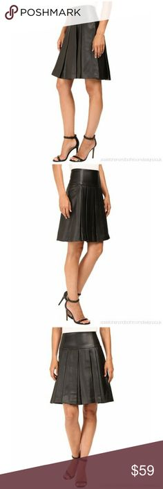 NWT MICHAEL KORS FIT AND FLARE PLEATED SKIRT NWT Michael Kors Skirts