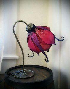 Art Nouveau silk lily lamp