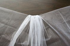 Make your own wedding veil | Chica and Jo