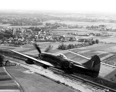 Hawker Tempest | Hawker Tempest Mk V serial NV994 flown by F/L Pierre Clostermann, age ...