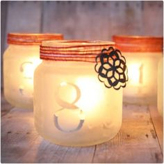 Luminary Advent Calendary by Design, Dining + Diapers - like the idea of jars with treats inside . could use baby food jars? Christmas Jar Gifts, Noel Christmas, Christmas Decorations, Christmas Ideas, Xmas, Baby Food Jar Crafts, Baby Food Jars, Food Baby, Diy Advent Calendar