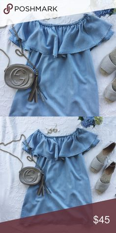 🌴NWOT {zara} denim off-the-shoulder dress Brand new! Comfortable and flowy Zara Dresses Mini