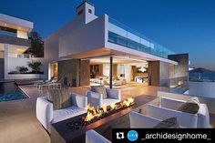 #Repost @_archidesignhome_ with @repostapp  Rockledge Residence by Aria Design Location: #gaxswatches #usa #_archidesignhome_ --------- #luxury #luxuryhome #architecture #architect #interiorhome #arquitetura #design #designer #house #home #beautiful #homedecor #modern #arquitectura #decor #decoration #instahome #instadesign #interiordesign #villa #realestate