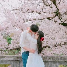 Image about love in korean couple by loonatic. Love In Korean, Korean Couple, Cute Korean, Korean Girl, Ulzzang Couple, Ulzzang Girl, Cute Couples Goals, Couple Goals, Cute Couple Pictures