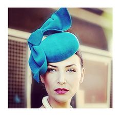 DESIGNER CONSIGNMENT BOUTIQUE @stopstaring_ NOW TAKING HIRE BOOKINGS FOR SPRING RACING!  We have a huge selection of millinery from some of the best milliners in melbourne! Including this stunning piece by the incredibly talented @millineryjill 256 Toorak road South Yarra, Sep 2015