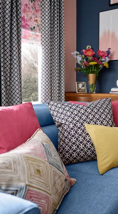 Interior designer and TV presenter Sophie Robinson shows you how to create a high-energy Colour Clash interior using fabrics from the new collection of curtains and Roman blinds. Simple Living Room Decor, Colourful Living Room, Living Room Colors, Living Room Designs, Living Room Throws, Cream Living Rooms, Sophie Robinson, Made To Measure Curtains, Living Room Inspiration