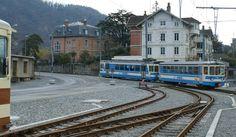 Um trem local ASD está chegando em Aigle.  20.02.2010 Suisse