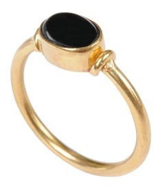 Mirabelle Cabochon Gold Ring With Onyx - £45