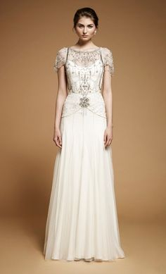 Jenny Packham is amazing, her bridal dresses are the first Ive ever liked! Art Deco Wedding Dress, Fall Wedding Dresses, Wedding Gowns, Bridesmaid Dresses, Wedding Blog, Gatsby Wedding, Trendy Wedding, 20s Dresses, Trendy Dresses