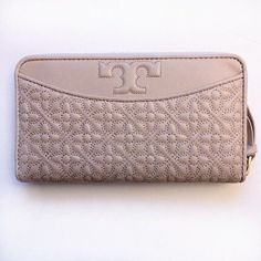 30697f3a7b19 TORY BURCH Bryant Zip Continental Wallet ~ Light Oak Quilted Leather  New NWT  ToryBurch