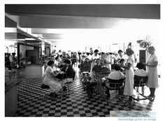 Chicago School of Beauty, Long Beach, CA, 1936. For information about copyright and ordering images from the LBPL Digital Archive, see http://www.lbpl.org/history. vintage, hair