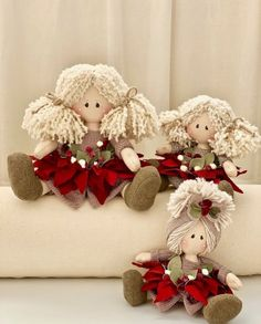 Fiorelline - Her Crochet Etsy Christmas, Christmas Baubles, Handmade Christmas, Christmas Decorations, Free To Use Images, Doll Sewing Patterns, Diy Snowman, Xmas Wreaths, Fairy Dolls