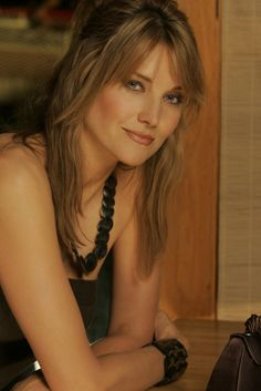 Google Image Result for http://i2.listal.com/image/973787/600full-lucy-lawless.jpg