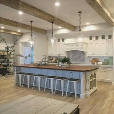 My dream kitchen and love ceilings and all extra seating at island. ❤