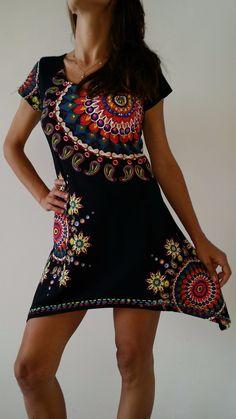 vestido bordado en piedras estilo desigual