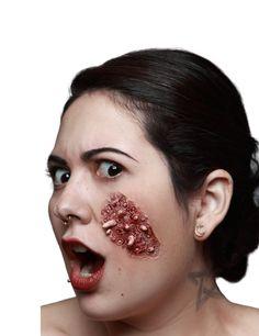 Herida falsa gusanos adulto Halloween: Esta herida falsa mide unos 8 cm x 5.5 cm.Es de látex ligero. Imita un trozo de piel infectada con gusanos blancos.Para su uso: Aplica cola o goma de maquillaje (no incluidos) sobre la herida...