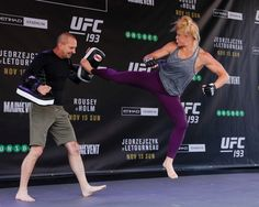 nice UFC 193: Holly Holm Open Workout Session (Complete) Ufc 193, Holly Holm, Workout Session, Ronda Rousey, Kickboxing, Mma, Martial Arts, Sporty, Exercise