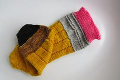 Knit up these spectacular pencil socks with Yarn Enabler wool for the best pencil socks your favourite teacher or student could imagine! Best Pencil, 2 Pencil, Knit Socks, Knitting Socks, Teacher Favorite Things, Craft Items, Hosiery, Crochet Projects, Knit Crochet