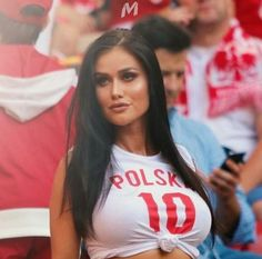I love poland Hot Football Fans, Football Girls, Soccer Fans, Beautiful Celebrities, Beautiful Women, Poland Girls, Hot Fan, Nfl Cheerleaders, Cheerleading