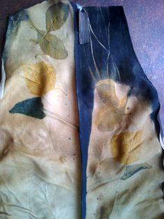 druk liśćmi na skórze licowej