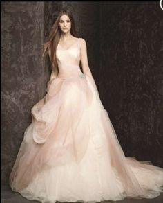 Vera Wang White Label Ballet Ombre Wedding Dress $700  I cant believe its this price! Looks like she's floating on a cloud