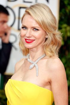 Golden Globes 2015 Red Carpet Hair Tutorials with Moroccanoil 2015 Hairstyles, Celebrity Hairstyles, Straight Hairstyles, Cool Hairstyles, Makeup Looks 2015, Naomi Watts Hair, Red Carpet Hair, Celebrity Beauty, Amal Clooney