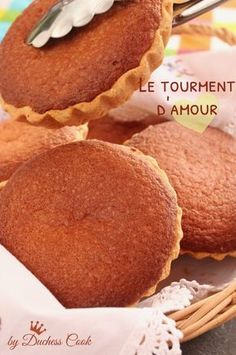 Cupcake recipes 215609900891070610 - Tourment d'amour antillais Tatie Maryse Source by graphilicious Desserts With Biscuits, Köstliche Desserts, Delicious Desserts, Dessert Recipes, Cupcake Recipes, Cupcakes, Cake Cookies, Macarons, Mary Berry