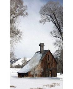 Americana Barns and Why I'm Leaving New York, by James Scully - The Wall Breakers The Wall Breakers