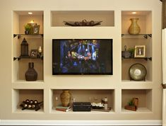 Very Arizona but having one of these walls might be a good focal point for u if your living room wall can't be opened to the pool view. Tv Unit Design, Tv Wall Design, Basement Entertainment Center, Living Room Nook, Man Cave Home Bar, Bars For Home, Decoration, Family Room, New Homes