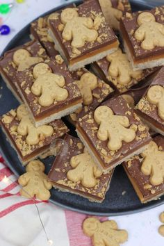 *This post may contain affiliate links. Please see my disclosure for more details!* A Homemade Gingerbread Shortbread, topped with Homemade Caramel, Ginger Chocolate and Gingerbread. Xmas Food, Christmas Cooking, Gingerbread Biscuit Recipe, Gingerbread Recipes, Ginger Chocolate, Chocolate Orange, Janes Patisserie, Christmas Pudding, Christmas Treats