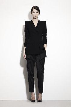 655e82087fcd Like the Masculine shoulders. Timeless Fashion