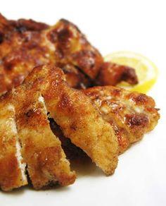 Una de las recetas más populares de los restaurantes chinos es el pollo al limón. Su textura crujiente, su suave sabor a limón y su facilidad de masticación (como casi toda la comida china), l
