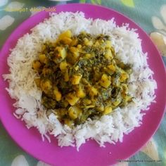 Slow Cooker Aloo Palak. Slow Cooker Indian Style Spinach and Potato Curry.