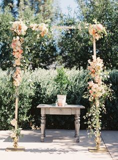 garden wedding ceremony - photo by Caroline Tran http://ruffledblog.com/a-sophisticated-wedding-at-maravilla-gardens