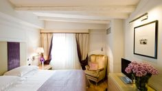 Starhotels Splendid Venice: The guestrooms are decorated in soothing neutral tones, with light oak parquet floors.