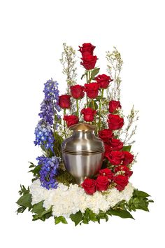 See the recipe for this urn arrangement from OASIS Floral Products, the global leader in professional, innovative floral foam and supplies. Funeral Spray Flowers, Funeral Sprays, Funeral Urns, Funeral Floral Arrangements, Flower Arrangements, Oasis Floral, Cemetary Decorations, White Wax Flower, Memorial Flowers