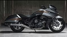 Sneak peak at BMW concept cruiser. Watchout Harley it might be ready soon.