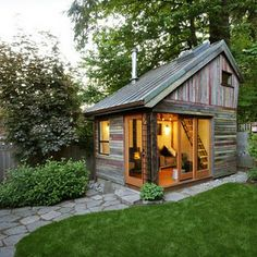 The Palisades: Another Tiny House