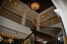 Grand Stairway & Ceiling