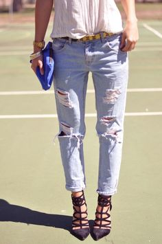 ripped boyfriend jeans, tucked in blouse, point toed adorable heels