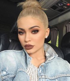 These Are The 10 Supreme Beauty Trends in 2019 Ecemella - 15 makeup Inspo kylie jenner ideas Makeup Trends, Makeup Inspo, Beauty Trends, Makeup Inspiration, Beauty Makeup, Hair Beauty, Makeup Ideas, Makeup Tutorials, Hd Makeup