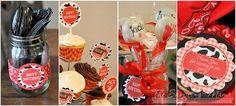 Petting Zoo Party decor | The Shopping Mama » Barnyard Bash! Farm Theme Birthday for Kids