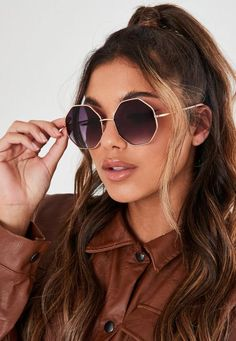 Gold Look Octagonal Frame Sunglasses. Order today & shop it like it's hot at Missguided. 70s Sunglasses, Trending Sunglasses, Stylish Sunglasses, Sunglasses Accessories, Mirrored Sunglasses, Sunglasses Women, Fashion Accessories, Hexagon Sunglasses, Accessories Online