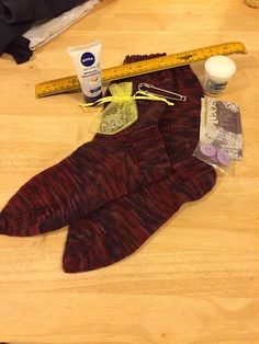 Ravelry: Kellydoolan's Just yer basic sport socks magic ball