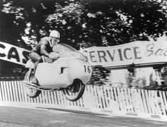 John Surtees, probably in Bray Hill on a 500 Gilera 4