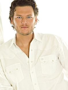 Blake Shelton - Country Singer