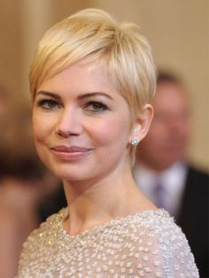 "Michelle Williams's Long Pixie    Williams's flirty crop proves that short hair needn't be tomboyish. ""Her pixie is really sexy thanks to the longer hair at the crown, and the soft and wispy back and side pieces,"" says Fugate. This cut works best for fine or medium textures—coarse, curly, or thick hair would get too puffy—and on those with heart or oval-shaped faces."
