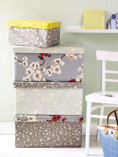 Tapetenreste verwerten: Blühende Boxen